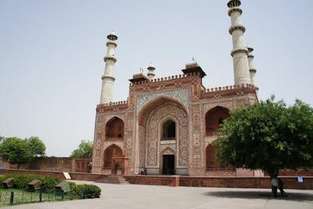 Moschee langa Taj
