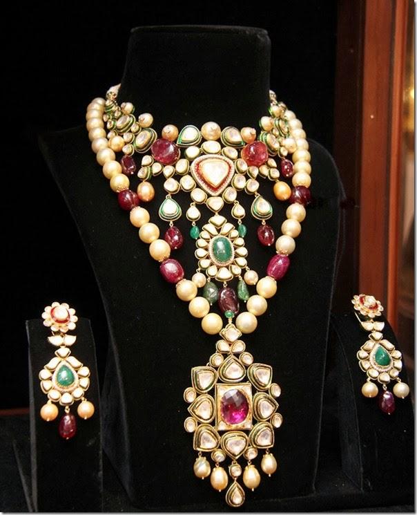 Gold_Jewellery (1)