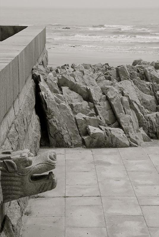 Qingdao - Plage shilaoren 石老人 - Le plage et le dragon