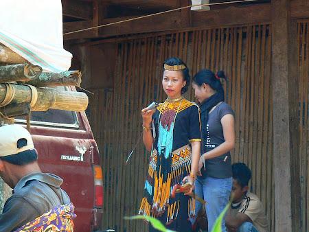 Tana Toraja: hostesses