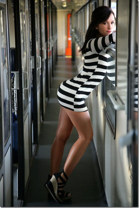 tight-dresses-girls-37