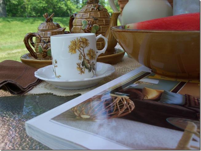 Bumble Bee Tea 032