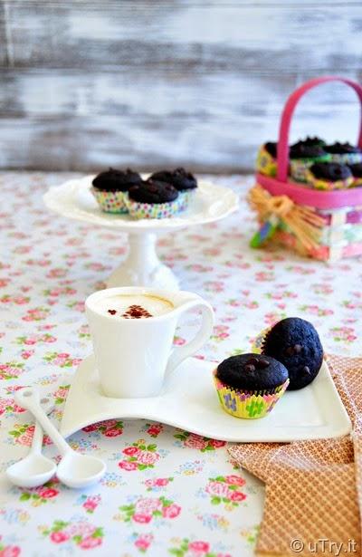 Mini Chocolate Muffins (迷你巧克力鬆餅)   http://utry.it