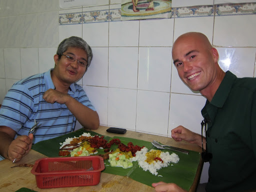 An Indian banana leaf lunch with Rizal.