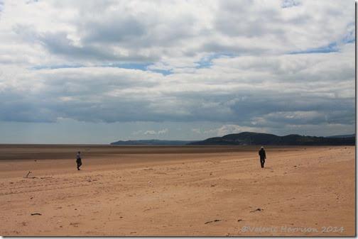 9-deserted-sands