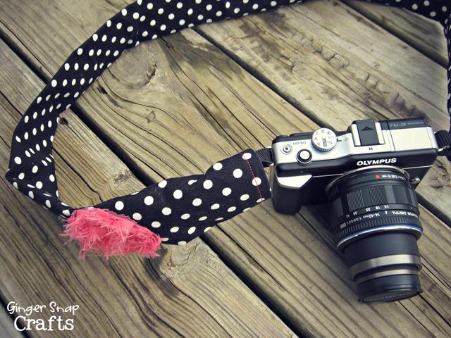 polkadot camera strap
