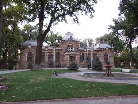25. Palatul Romanov din Taskent.JPG