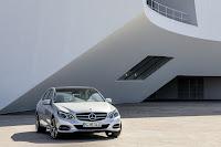 Mercedes-Benz-E-Class-21.jpg
