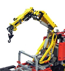 Lego-8258-Truck-Review-Crane