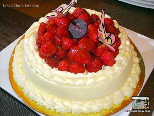 Sweet Bella 54: Sweet Bella's Strawberry Charlotte