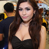philippine transport show 2011 - girls (30).JPG