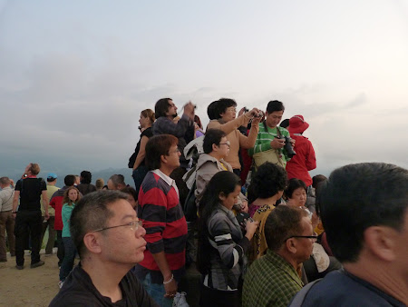 Obiective turistice Nepal: rasarit de soare Sarangkot