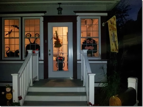 halloween-house-decorations-5