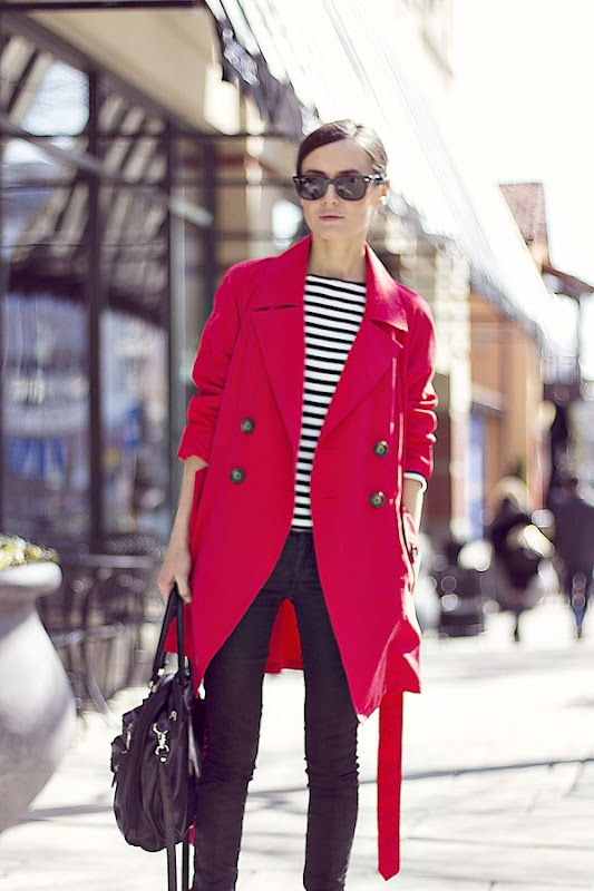 http://lh5.ggpht.com/-iOkL-vqaRw0/UUoE_ookS1I/AAAAAAAAG14/ti7ggvjXGzE/Coral-Red-Trench-Outfit4.jpg?imgmax=800