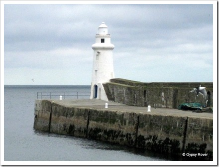Macduff harbour light.