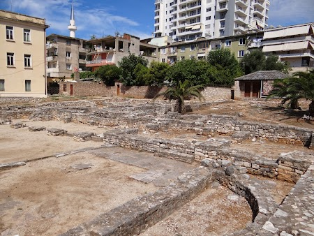 24. Urme arheologice Sarande, Albania.JPG
