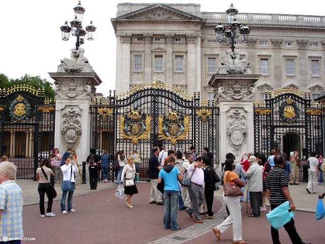 buckingham palace in London, London City of, United Kingdom