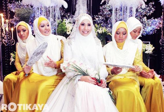 Majlis Perkahwinan Irma Hasmie dan Reza Syah Azmeer1