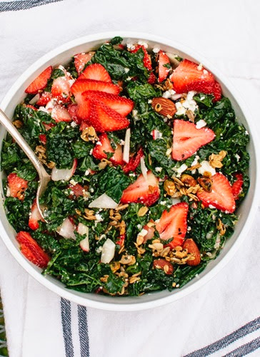 strawberry-kale-salad-with-nutty-granola-croutons-1