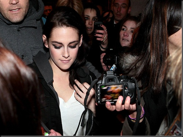 Kristen-in-Paris-2