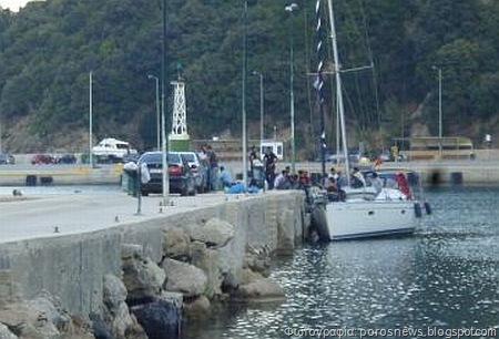Σκάφος με 53 μετανάστες εντοπίστηκε στον Πόρο
