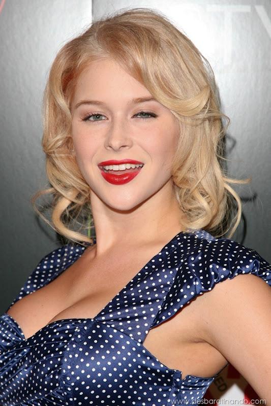 renee-olstead-linda-sexy-sensual-photoshoot-loira-boobs-desbaratinando-sexta-proibida (133)