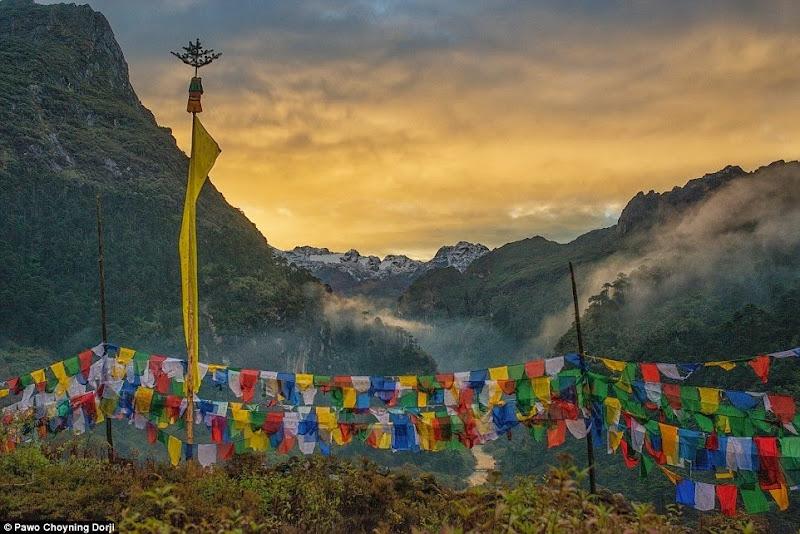 Phóng sự - phóng sự ảnh - Phật giáo thế giới - Người Áo Lam - 002