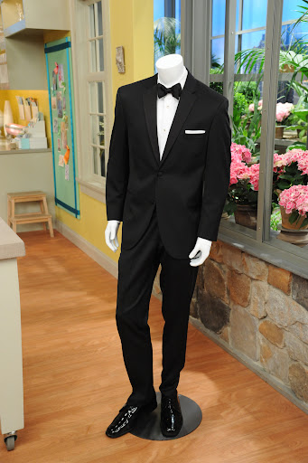 The lucky grooms won a BLACK by Vera Wang at Men's Wearhouse Tux Rental (www.menswearhouse.com/verawang).