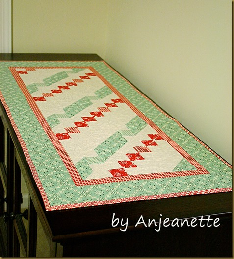 Twisted Ribbon Table runner
