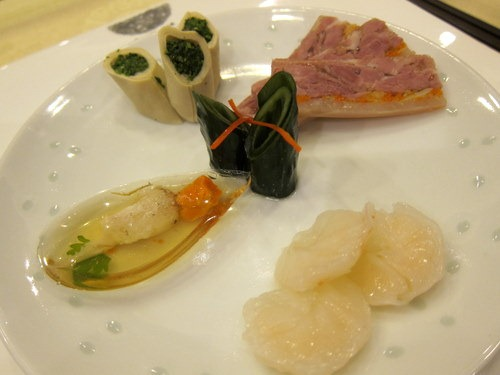 Cold appelieers combo: Bear Curd Roll in Chicken Consomme; Ham & Crab Meat in Aspic; Crab Claw in Aspic