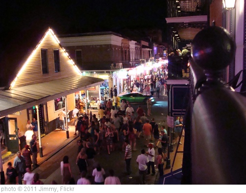 'Bourbon Street' photo (c) 2011, Jimmy - license: http://creativecommons.org/licenses/by-sa/2.0/