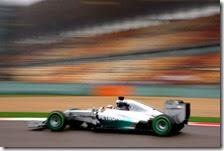 Hamilton conquista la pole del gran premio della Cina 2014
