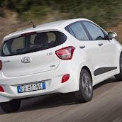 Yeni-Hyundai-i10-2014-24.jpg