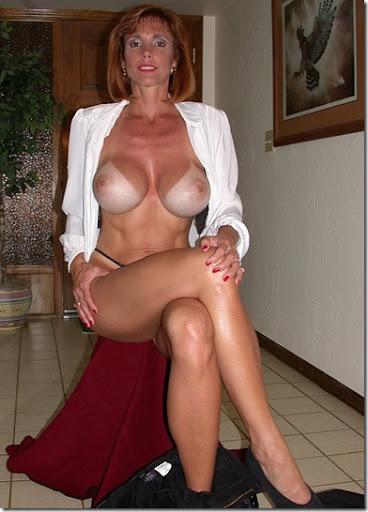 Older naked milf
