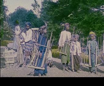Angklung tradisional = Angklung-buhun