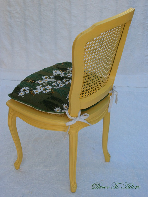 daisy chair 067
