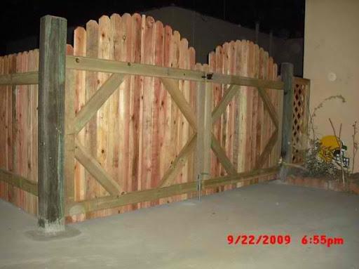 Jay's Redwood Fences :: Custom Wood Fences, Gates, Pool Enclosures