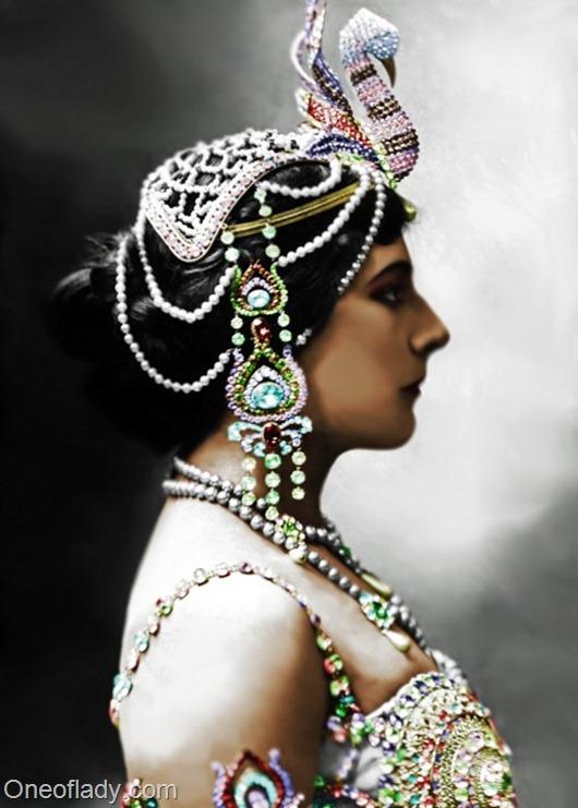 Mata-Hari_1910ff_thumb[2]