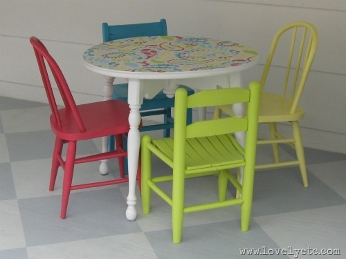 paisley kids table and chairs
