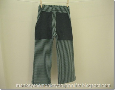 Lounge Pants Upcycled from a T-Shirt (5)