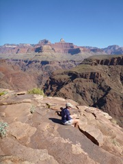 Jenn resting at Plateau Point in the Grand Canyon