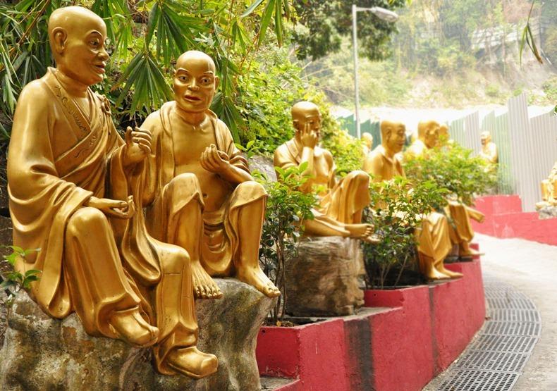 10000-buddhas-monastery-5