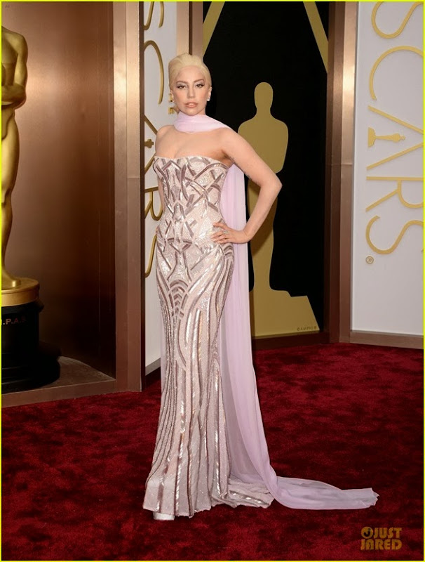 lady-gaga-metallic-goddess-on-the-oscars-2014-red-carpet-01