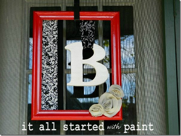 monogram_picture_frame_wreath_red_black_white