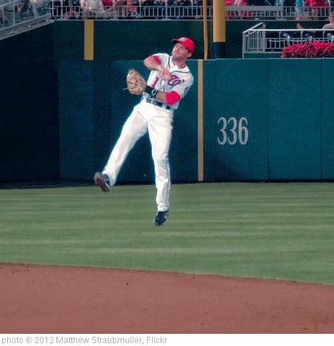 'Steve Lombardozzi makes a great play and throws out runner at 1st base' photo (c) 2012, Matthew Straubmuller - license: https://creativecommons.org/licenses/by/2.0/