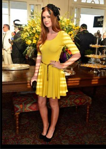 Mariana Ruy modelo amarelo