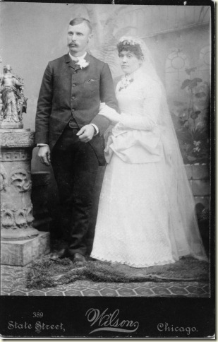 18906