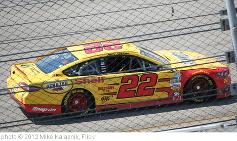 'Joey Logano' photo (c) 2012, Mike Kalasnik - license: http://creativecommons.org/licenses/by-sa/2.0/