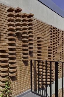 fachada-ladrillo-albert-brito-carles-enrich