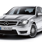 2013-Mercedes-C-Class-UK-11.jpg